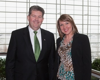 Patrick Donahoe, US Postmaster General and Lyuba Wallin, Mailing Operations Manager, SeaChange Print Innovations